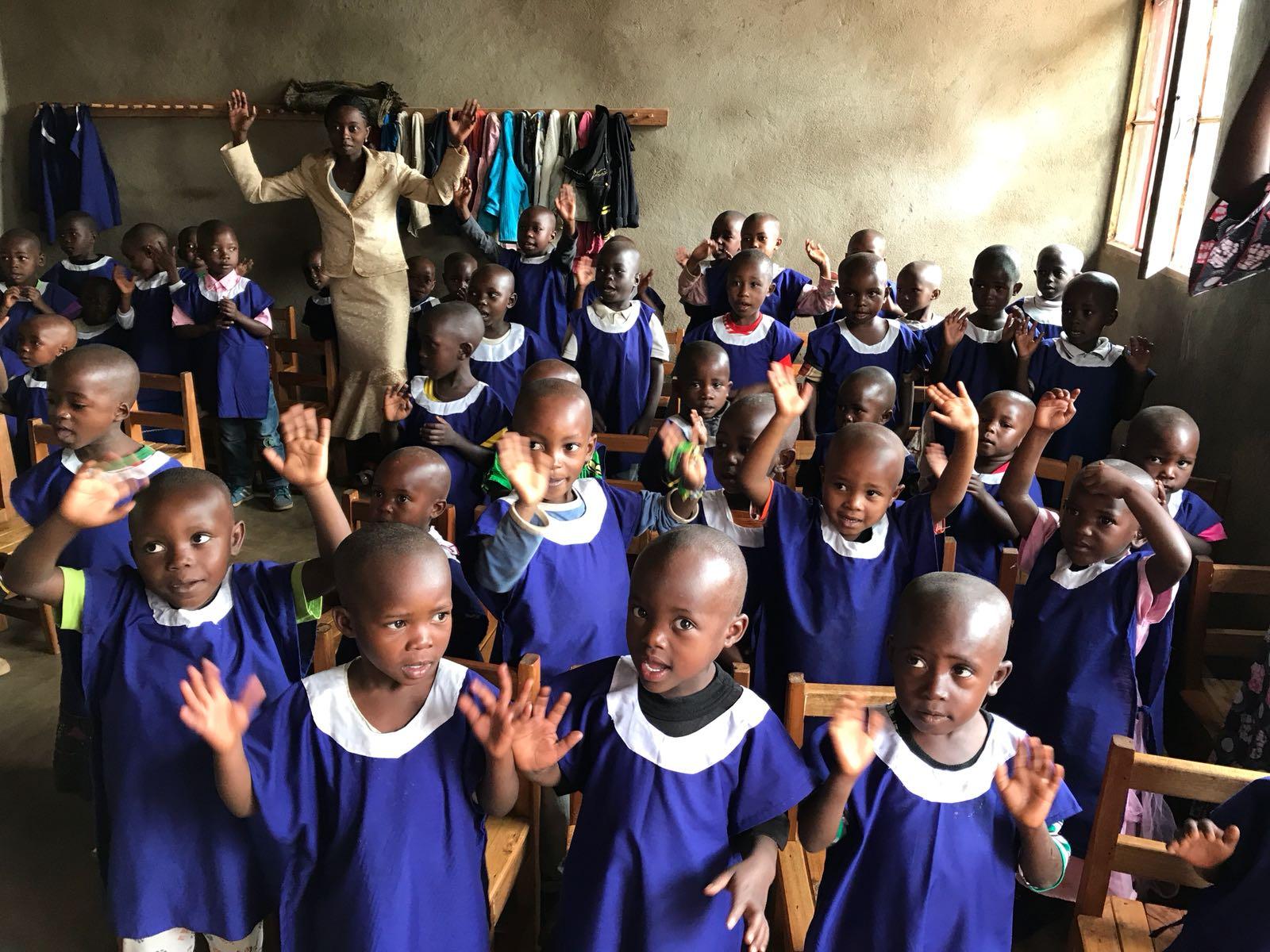 Fundación Mamore: alumnos de las guarderías de Lwamarhulo (Congo)